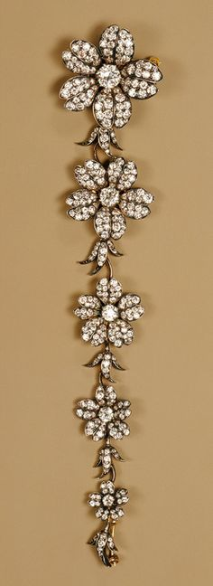 Tiffany & Company: Corsage piece (41.84.20a-e) | Heilbrunn Timeline of Art History | The Metropolitan Museum of Art