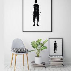 Nå finnes endelig Lynvingen i forskjellige størrelser! Se den og andre unike designerplakater på www.gallerome.com.