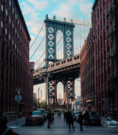 We also visited the @instagram -famous road with the great view of Manhattan Bridge. We went at a time when a lot of people were also there so it was really hard to take a good empty photo of it. So this is the best I've got. Haha! by marvinconanan