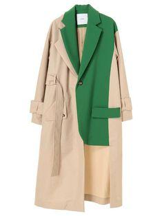 DOCKING TAILORED CT details page. Momoko Ogiwara's new brand UN 3 D. UN 3 D. (Anse Lead) proposes a mode style for adults who value individuality, sensitivity, and self-esteem. Abaya Fashion, Fashion Dresses, Fashion Clothes, Iranian Women Fashion, Womens Fashion, Estilo Tomboy, Mode Kimono, Mode Mantel, Fashion Details