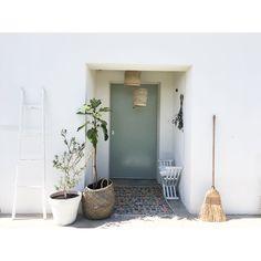"""188 Gostos, 7 Comentários - Joana Soares (@violetacorderosa) no Instagram: """"E as cestas que vos mostrei no outro dia viraram candeeiros Gostaram da alteração? Na verdade,…"""""""