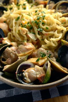 A simple recipe for linguini and clams.