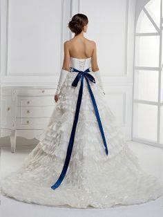 Beautiful Sleeveless Empire waist wedding dress