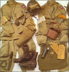 US Paratrooper Uniform WWII British Uniforms, Ww2 Uniforms, Military Uniforms, Airborne Army, 82nd Airborne Division, Us Ranger, American Uniform, German Soldiers Ww2, Afghanistan War