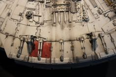 I am so pleased to see builds of the DeAgostini studio scale Millennium Falcon being completed! Millennium Falcon Model, Star Wars Vehicles, Star Wars Models, Miniatures, Magic, Starwars, Guns, Pictures, Millenium Falcon