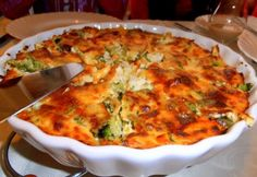 Brokkolis-sajtos sült burgonyapüré | NOSALTY Potato Recipes, Quiche, Food Porn, Food And Drink, Potatoes, Healthy Recipes, Meals, Vegetables, Cooking