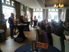 Gezellige boekpresentatie #omgaanmetgevoelsmensen met #sjaakoverbeeke hedenmiddag in Bussum. Nu te koop via bit.ly/24Dge3h