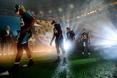 La NFL y yahoo anunciarón, la transmisión en exclusiva de un partido de temporada regular de forma gratuita en diferentes plataformas digitales. Esta exclusiva tendrá en vivo y en directo la serie internacional correspondiente a la Semana 7, dentro de la cual los Buffalo Bills y los Jacksonville Jaguars se enfrentarán en un aguerrido duelo en el estadio de Wembley, en Londres.