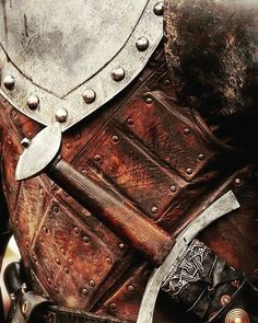 "122 Likes, 1 Comments - KEINEN_777 (@keinen_777) on Instagram: ""#medieval #medievalart #battle #armor #army #sword #axes  #helmet #knights #skyrim #armor #amazing…"""