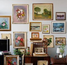 This would be really pretty in an entryway. With dad's paintings and framed vintage wallpaper