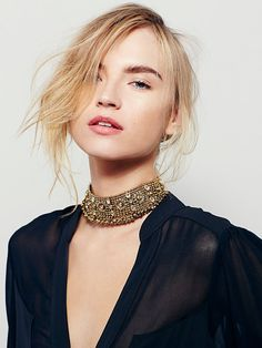 Wild Child Choker | Vintage-inspired chain link choker collar featuring glass and dangling metal accents. Adjustable hook closure.