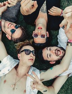 The 1975  http://fashiongrunge.com/2014/05/28/band-crush-the-1975/