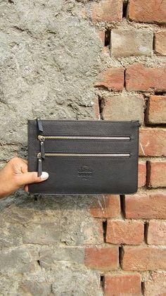 Slate Lizzie, Chiaroscuro, India, Pure Leather, Handbag, Bag, Workshop Made, Leather, Bags, Handmade, Artisanal, Leather Work, Leather Workshop, Fashion, Women's Fashion, Women's Accessories, Accessories, Handcrafted, Made In India, Chiaroscuro Bags - 4
