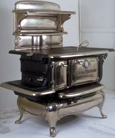 Restored Black Single Oven Royal Fireside Wood and Coal Antique Cook Stove