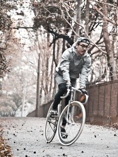 brixtonnihilistcyclingclub:    (via FIXED GEAR GIRL TAIWAN)
