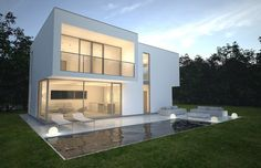 White house in Trakai - NG Architects Residential Architecture, Modern Architecture, International Style, Modern House Plans, Prefab, My Dream Home, Home Projects, Swimming Pools, Modern Design