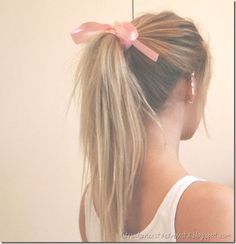 bow and ponytail