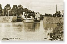 History, Purpose and Information about Locks, Weirs, Dams & Barrages along the Murray River Melbourne Victoria, Victoria Australia, Murray River, Paddle Boat, Old Boats, Paddles, Grade 2, Outdoor Recreation, Western Australia