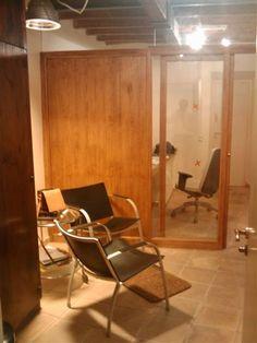 Im historischen Zentrum von Palma. Der Zugang ist durch zwei Türen durch zwei Fenster + Patio Gothic Beleuchtung und Belüftung, die diese gleichen Hof geben. Das andere Gerät verfügt über zwei Fenster (eine Küche und eine im Dachgeschoss) zu einem Innenhof. Mit 100 m2 besteht aus Eingangshalle weitere vier Einheiten (eine mit Einbauküche und Hochbett), zwei WC (mit Dusche), und ein Lager. Insgesamt etwa 90 m2. Die Oberflächen sind von Qualität und modernste
