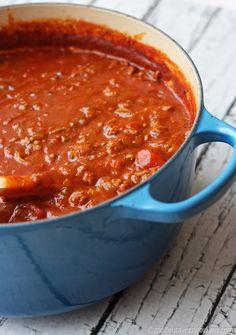 Sauce à spaghetti (meilleur avec du beurre) Sauce Recipes, Pasta Recipes, Cooking Recipes, Healthy Recipes, Cooking Spaghetti, Spaghetti Sauce, Greek Potatoes, Marinade Sauce, Dips