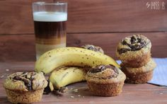 Breakfast muffins with nutella and banana (Miss Blueberrymuffin) - SweetJay - Banana Recipes Nutella Recipes, Banana Recipes, Bakery Muffins, Nutella Muffins, Sweets Cake, Breakfast Muffins, Blue Berry Muffins, Sweet Recipes, Easy Recipes