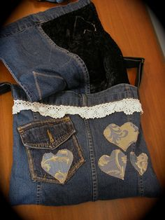 Denim bag, Recycle, upcycle, denim, #DIY, crafting idea, laces, hearts, cute, pretty