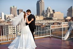 I want to take a picture on top top of the Omni <3 At night it would be really pretty!