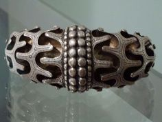 Massive silver #Viking #bracelet from #Hornelund near Varde at Falster in Denmark. Now in the National Museum's collection in Copenhagen, 10th century