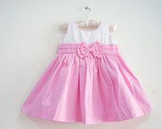 Vestido Rosa de Bebê