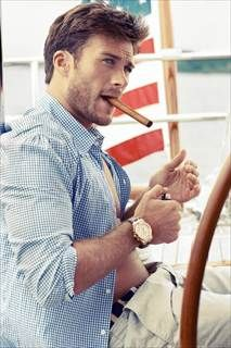 Clint Eastwood's son Scott Eastwood poses shirtless in sexy magazine shoot - Daily News