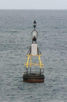 Puerto de Las Palmas.Spotter.Aeropuerto Gran Canaria     : Ayudas a la navegación marítima ..Faro en el mar.....