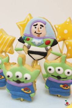 Little Green Men & Buzz Lightyear Birthday Cake Cookie Topper Decoration Chocolate Angel Food Cake with Chocolate Mille Feuille