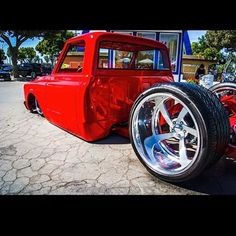 Low Fast Famous — Hot Wheels - Well let's end the week with a bang. Vintage Chevy Trucks, 67 72 Chevy Truck, Custom Chevy Trucks, Classic Chevy Trucks, Chevy C10, Chevy Pickups, Chevrolet Trucks, Custom Cars, Bagged Trucks