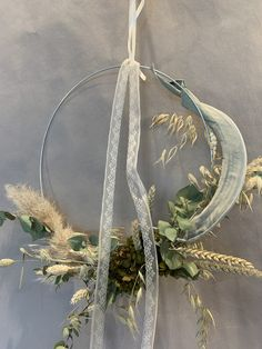 Dry Flowers, Plant Hanger, Wreaths, Plants, Decor, Dried Flowers, Planting, Tulips, Flower Preservation