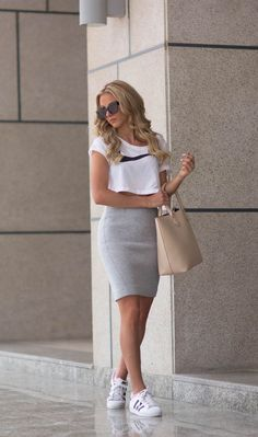 Sendi Skopljak is wearing a white crop top from Nike, grey skirt from Gina Trico. - Sendi Skopljak is wearing a white crop top from Nike, grey skirt from Gina Tricot, shoes from Adidas and the tan bag is from Bershka Source by - Mode Outfits, Casual Outfits, Fashion Outfits, Fashion Trends, Sneakers Fashion, Fashion Shoes, Jackets Fashion, Casual Jeans, Fashion News