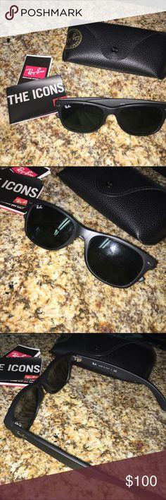Ray Ban wayfarers! Men's matte black Men's brand new Matte black wayfarers! Worn once! Great condition. rayban Accessories Sunglasses