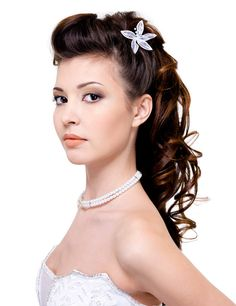 Shoulder Length Wedding Hairstyles for your Big Day