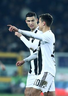 Torino Fc V Fc Juventus - Serie A Cristiano Ronaldo and Paulo Dybala of Juventus at Stadio Olimpico Grande Torino in Turin, Italy on December (Photo by Matteo Ciambelli/NurPhoto via Getty Images) Cristiano Ronaldo And Messi, Cristiano Ronaldo Manchester, Cristino Ronaldo, Lionel Messi, Juventus Soccer, Juventus Stadium, Juventus Fc, Best Nba Players, Soccer Players