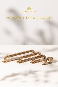 Dougan is a bold collection of Art deco style, luxury kitchen cabinet hardware made from the finest solid brass. This range features subtle ridges to add a touch of definition to each cabinet handle and is perfect to adorn your kitchen or bathroom cabinets. Brass Cabinet Hardware, Kitchen Cabinet Handles, Brass Handles, Cabinet Knobs, Bathroom Cabinets, Kitchen Cabinets, Brass Kitchen, Modern Kitchen Design, Art Deco Fashion