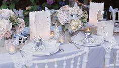 blanco-y-colores-pasteles-para-una-boda-en-primavera.