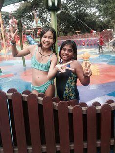 Anna and Sarah at the Singapore  bird park