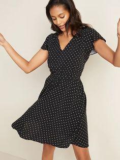 Waist-Defined V-Neck Flutter-Sleeve Dress for Women | Old Navy Vestidos Old Navy, Old Navy Dresses, Short Sleeve Dresses, Women's Dresses, Affordable Dresses, Spring Looks, Hot Dress, Old Navy Women, Gowns