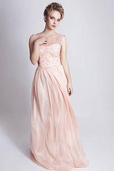 8 najlepších obrázkov na nástenke Družičkovské šaty na Pintereste ... bd1673e04a9