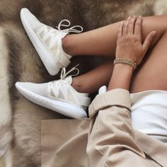 $60 - $80 Cool Beige And White Summer Spring Nike Sneakers With Beige Trench Coat And White Mini Skirt