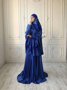 Elegant royal blue Muslim suit, Silk blue jilbab, wedding khimar, engagement islamic dress, nikah outfit, lace burqa Modest Fashion, Skirt Fashion, Celebrity Prom Photos, Arab Girls Hijab, Blue Silk Dress, Flare Skirt, Waist Skirt, Islamic Clothing, Mode Hijab