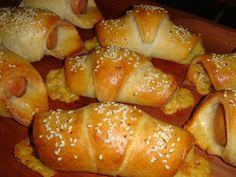 Nem vagyok mesterszakács: Édes és sós túrós kiflik virslivel, szalámival, sajttal, valamint macadamia krémmel töltve