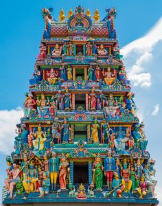 Singapore's oldest Hindu temple. It is an agamic temple, built in the Dravidian style. Indian Temple Architecture, Ancient Architecture, Mosque Architecture, Architecture Portfolio, Gothic Architecture, Architecture Plan, Temple India, Hindu Temple, Hindu India