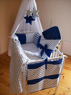62 Best ideas for sewing baby bedding moses basket Baby Nursery Diy, Baby Bedroom, Baby Boy Rooms, Diy Baby, Baby Beds, Crib Bedding Boy, Baby Bedding Sets, Quilt Baby, Diy Nursery Furniture