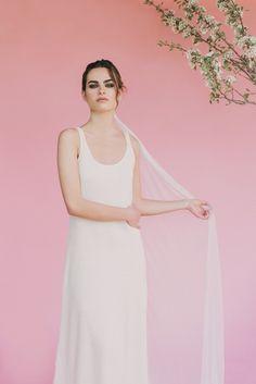 "Beba's Closet Campaign ""Veil me again Collection"" - Photos @SaraLobla Hair & Makeup @reginacapdevila Model @viewmanagement #bebascloset #bebasbrides #bride #bridal #wedding #weddingdress"