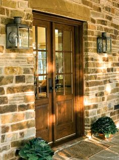 Front Door- big stone lintel. architect Stephen Chambers of Dallas